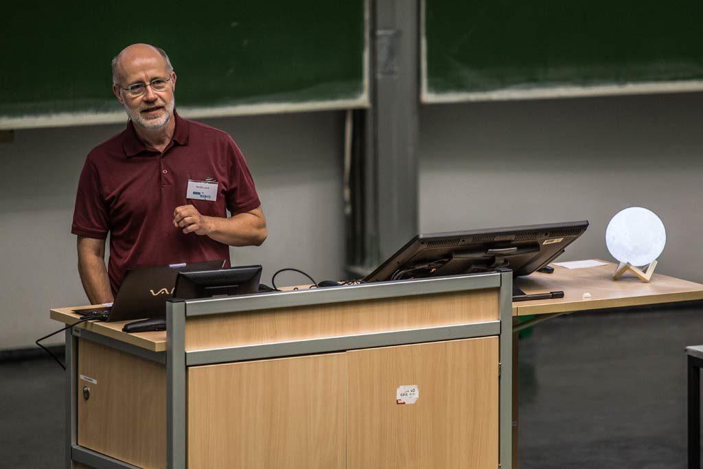 Prof. Dr. Harald Lesch referiert zum Thema 50 Jahre Mondlandung